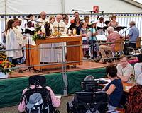 Foto: Gottesdienst beim Jahresfest