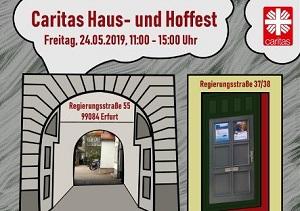 Der Torbogen der Caritas in der Regierungsstraße Erfurt auf dem Einladungsflyer.