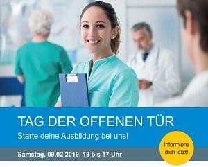 Informationsplakat zum Tag der offenen Tür mit abgebildeter Krankenschwester.